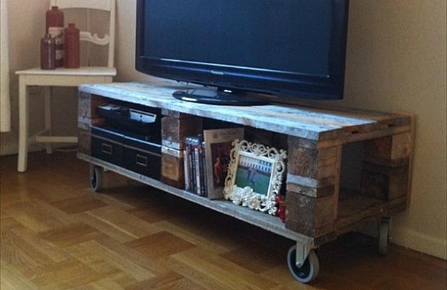 meuble tv faire soi m me maison et mobilier d 39 int rieur. Black Bedroom Furniture Sets. Home Design Ideas