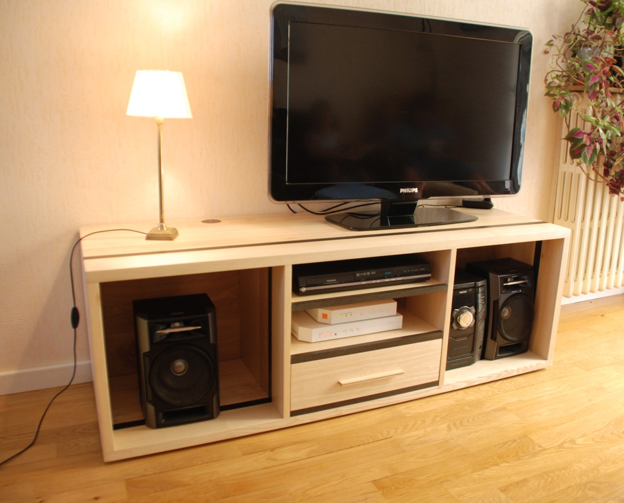 Meuble Tv Hifi Design Meuble Tv Roulettes Newbalancesoldes # Meuble Tv Frene
