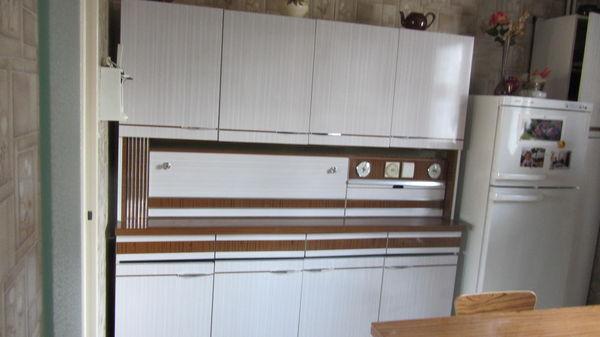 meuble de cuisine annee 70 maison et mobilier d 39 int rieur. Black Bedroom Furniture Sets. Home Design Ideas