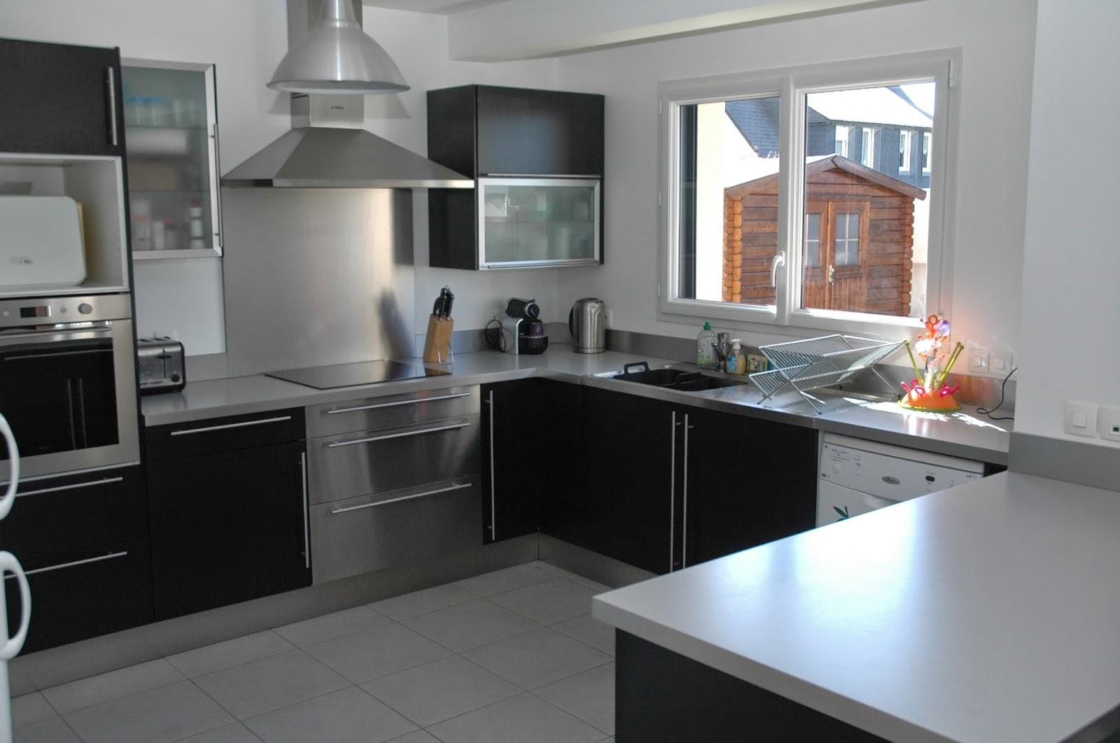 Cuisine equipee maison et mobilier d 39 int rieur for Acheter une cuisine equipee pas cher