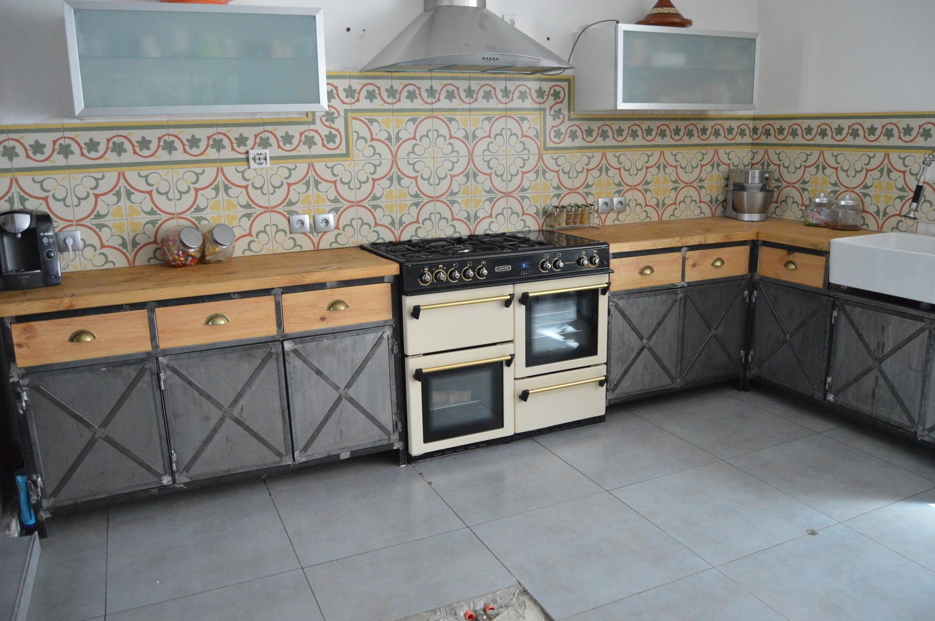 Meuble de cuisine style industriel maison et mobilier d 39 int rieur - Cuisine style retro ...