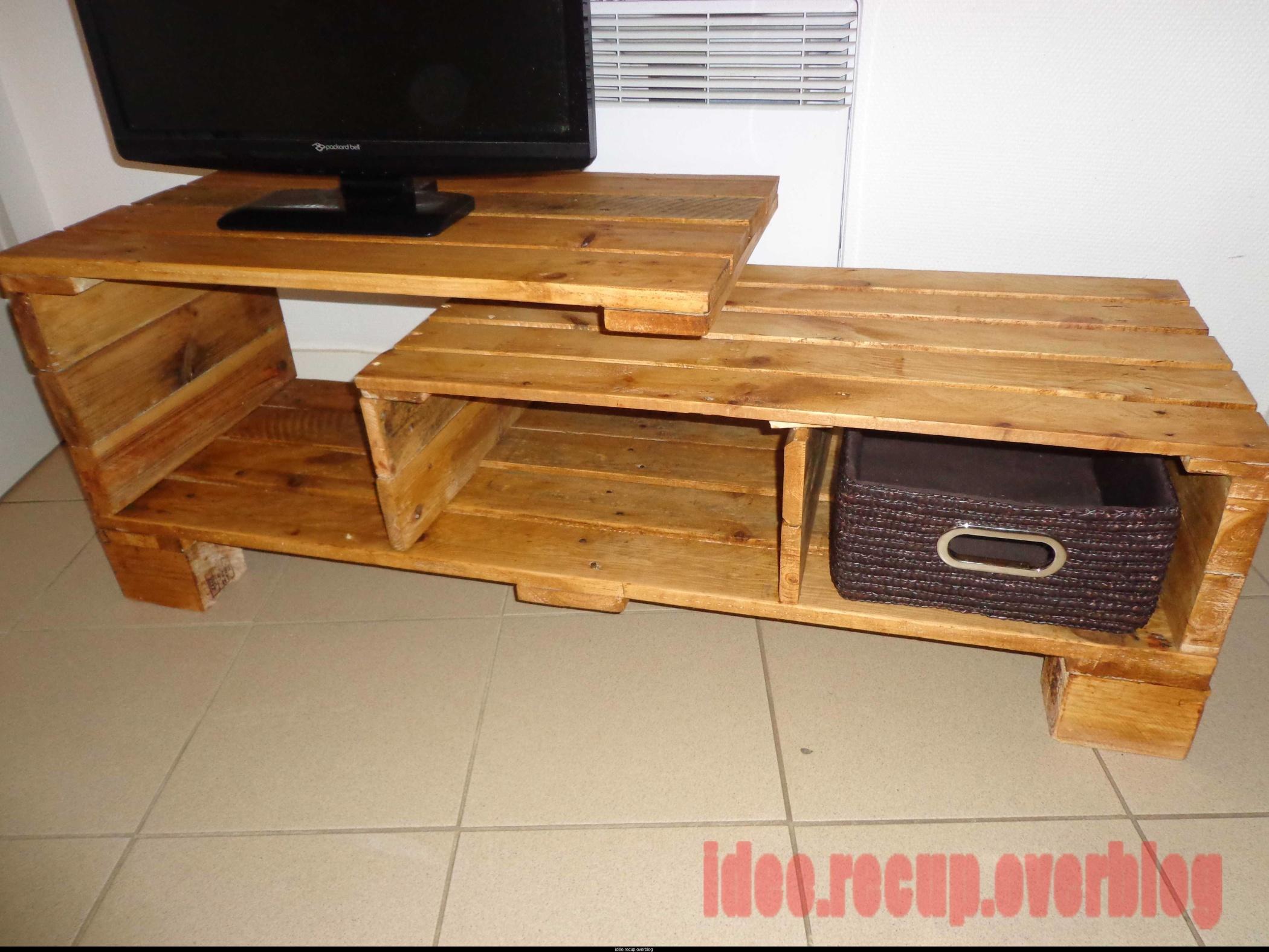 Comment Fabriquer Meuble Tv En Palette Maison Et Mobilier D  # Meuble Tv En Bois De Palette