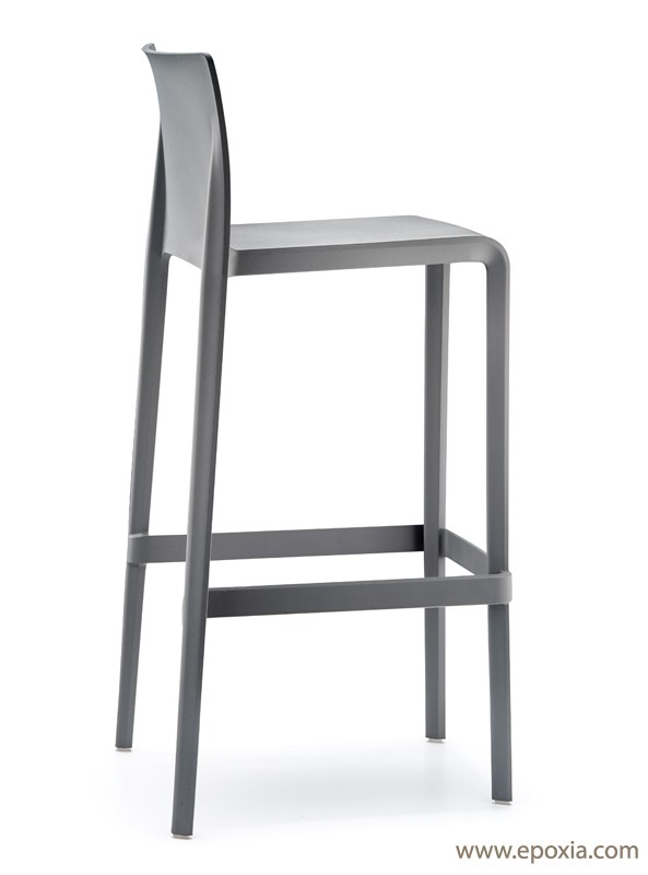 tabouret de bar plastique maison et mobilier d 39 int rieur. Black Bedroom Furniture Sets. Home Design Ideas