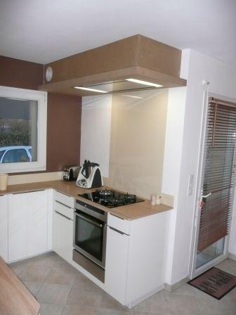 hotte de cuisine de coin maison et mobilier d 39 int rieur. Black Bedroom Furniture Sets. Home Design Ideas