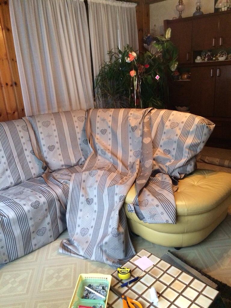 Comment coudre une housse de canapé d'angle