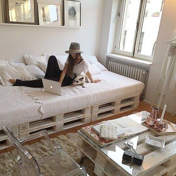 Canapé lit de chambre