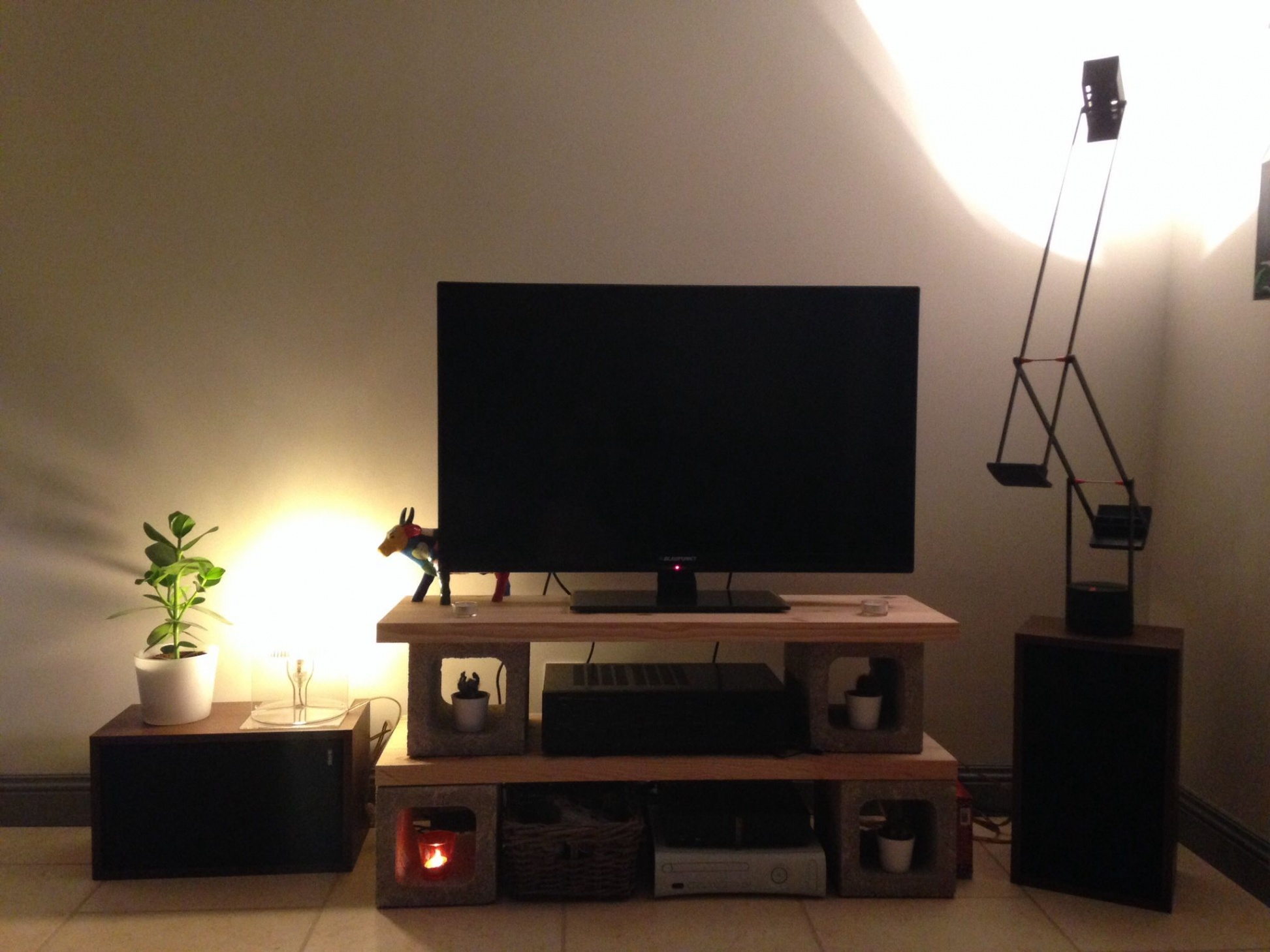 Meuble tv parpaing