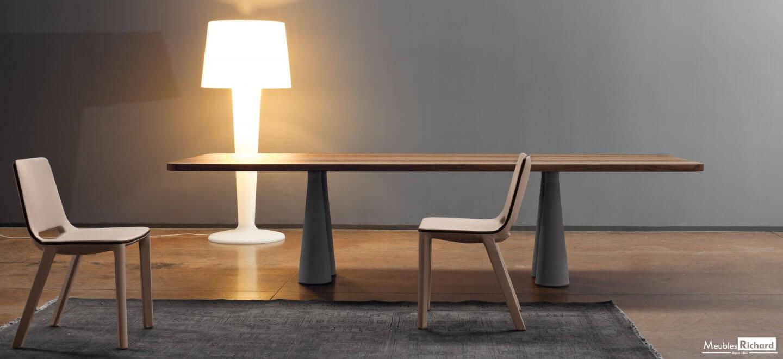 Lampadaire design meuble