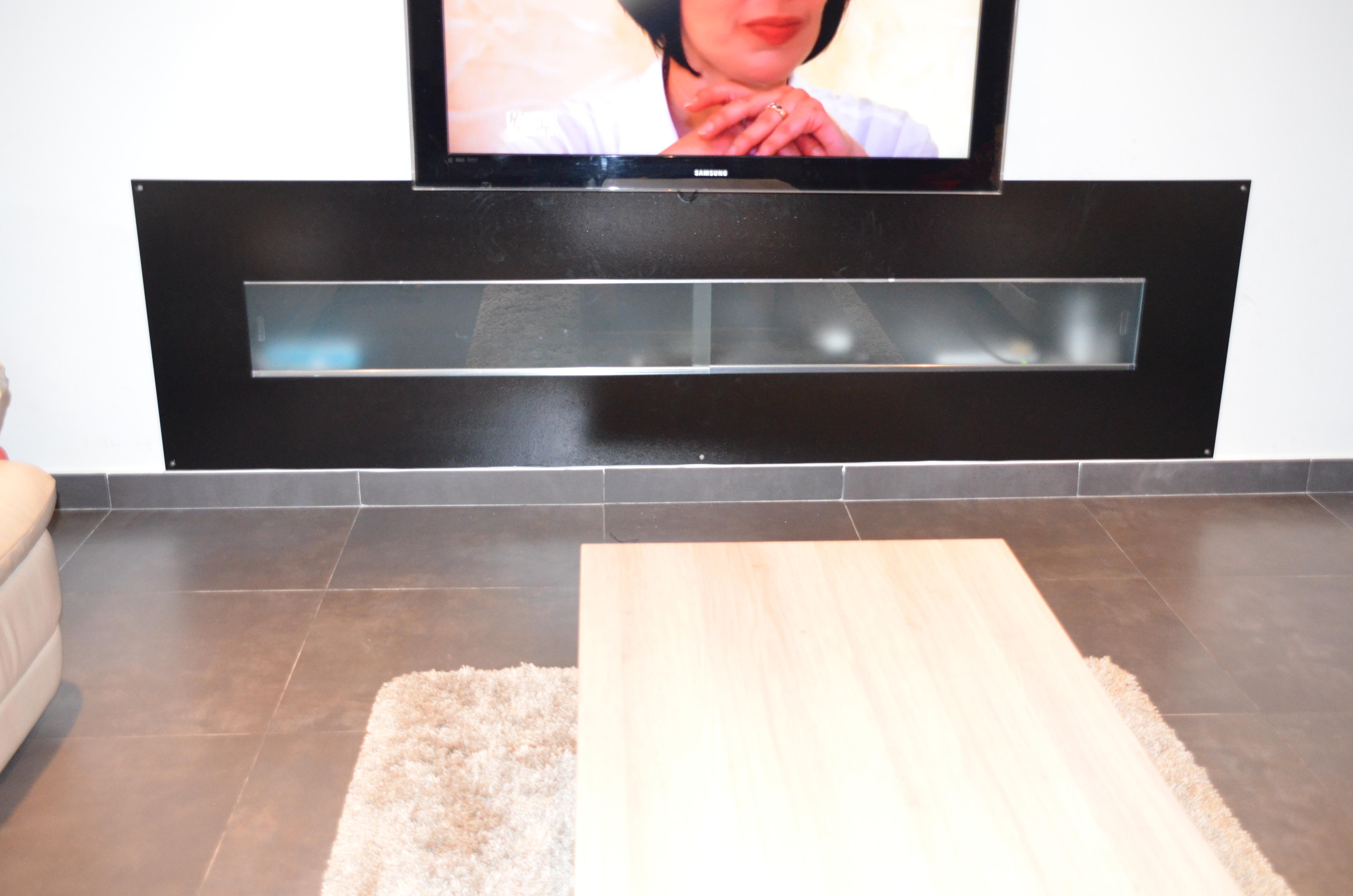 Meuble tv avec vitre coulissante