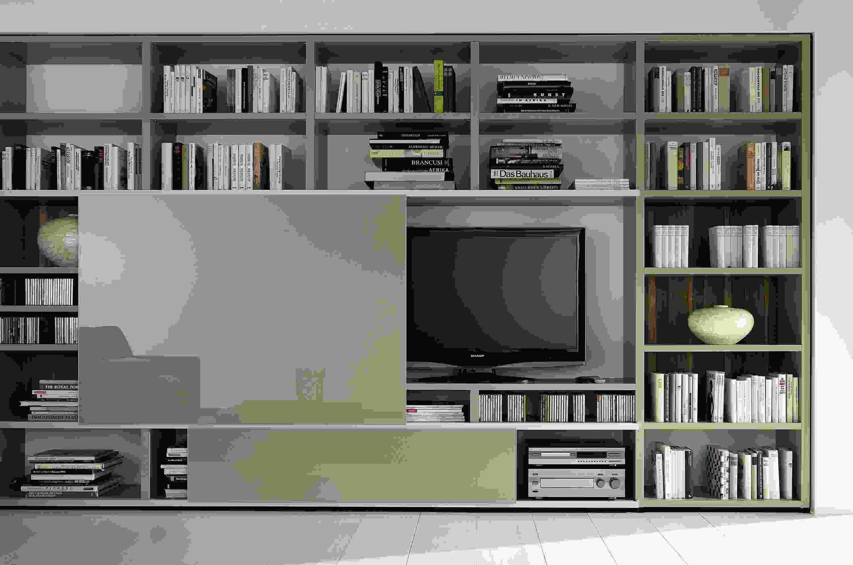 Couper un meuble tv